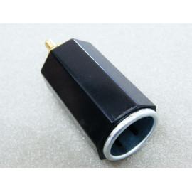 Adapter von Autosteckdose (Norm) auf Zigarettenanzünder (DIN)